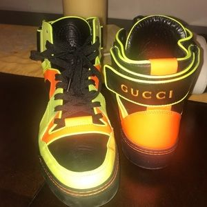 Mens Gucci Sneakers Neon Leather High Sneaker